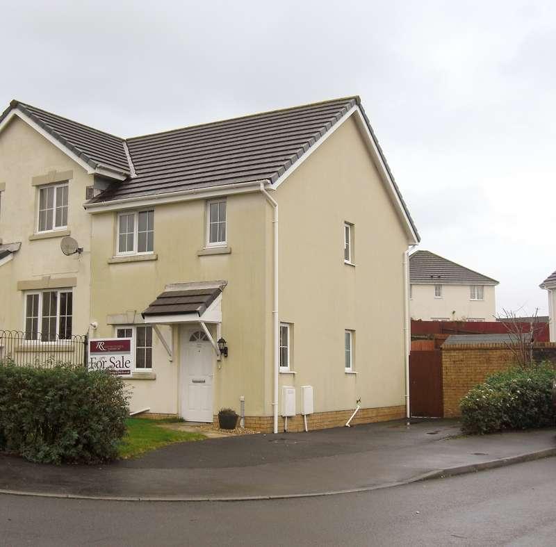 2 Bedrooms Semi Detached House for sale in 22 Allt Y Gog , Carmarthen, Carmarthenshire. SA31 3BJ
