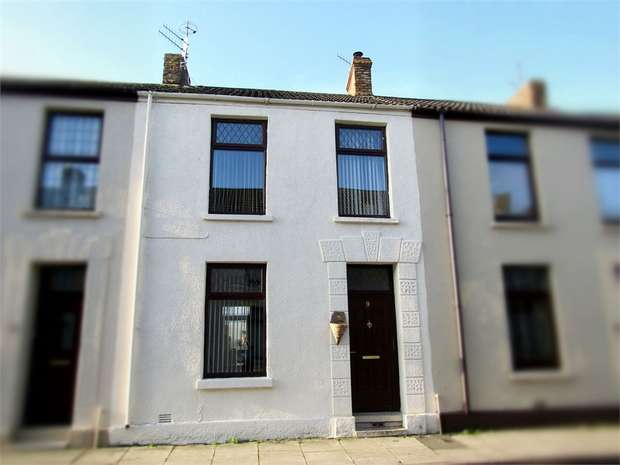 4 Bedrooms Terraced House for sale in Downing Street, Llanelli, Carmarthenshire