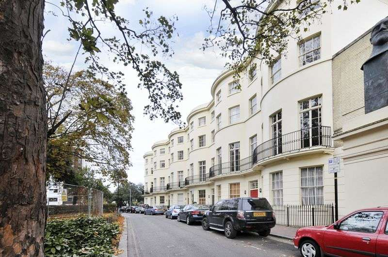 2 Bedrooms Flat for sale in Alexander Terrace, Worthing