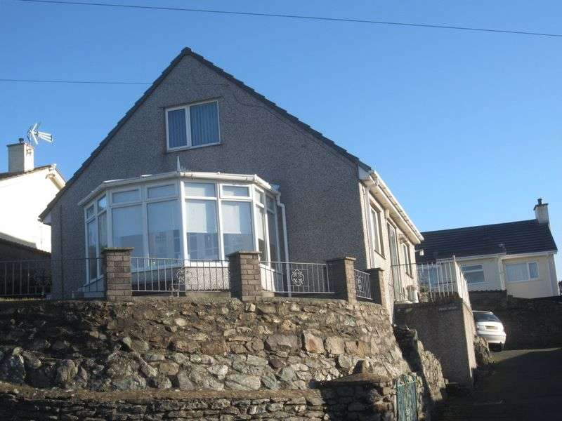 Detached House for sale in Penybonc, Amlwch