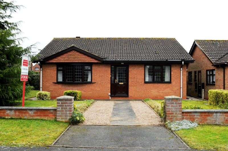 3 Bedrooms Detached Bungalow for sale in Woods Meadow, Hibaldstow