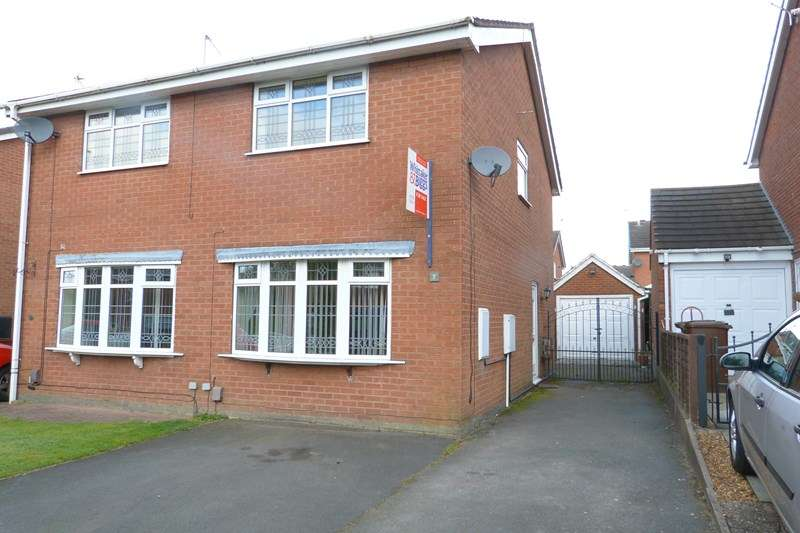 2 Bedrooms Semi Detached House for sale in Hams Close, Biddulph, Staffordshire, ST8 6PR