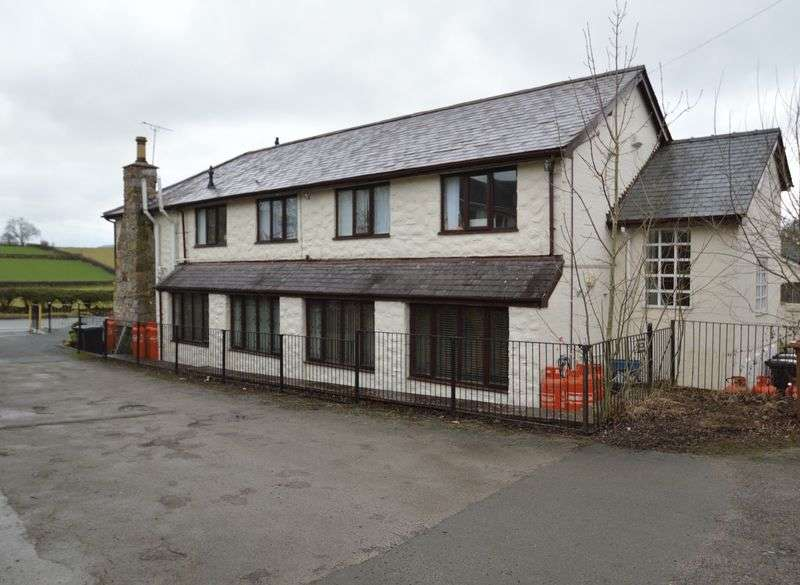 2 Bedrooms Flat for sale in Srenim Apartments, Miners Arms, Rhes-y-Cae