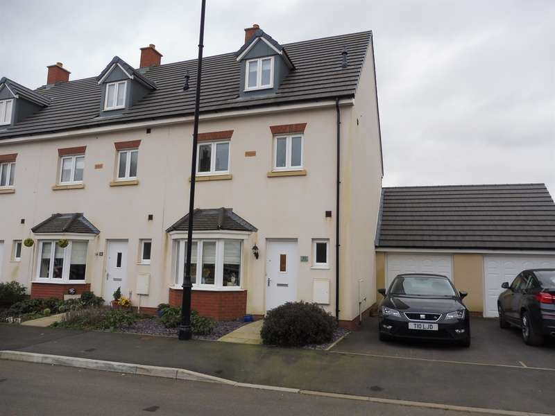 4 Bedrooms Town House for sale in Ffordd Y Draen, Coity, Bridgend