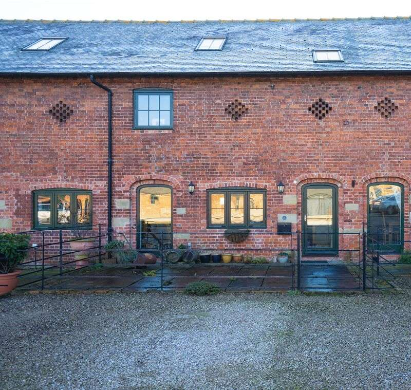 3 Bedrooms House for sale in 6 Newnes Barns, Ellesmere