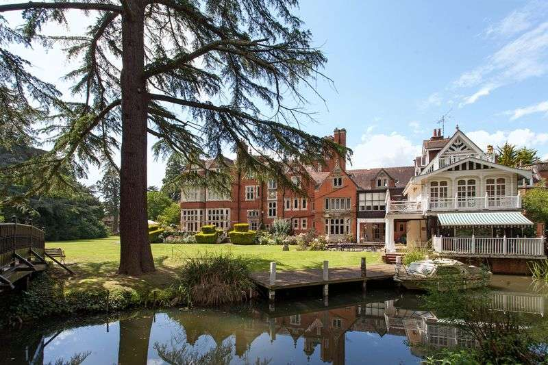 3 Bedrooms House for sale in Maidenhead Riverside