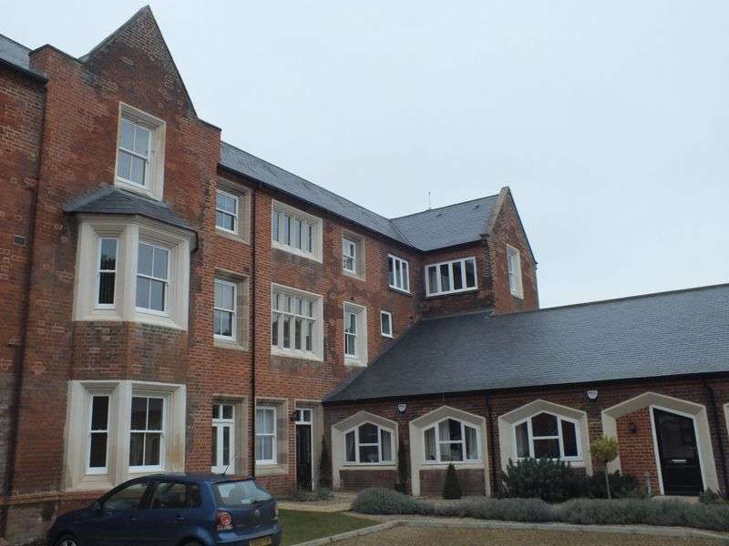 2 Bedrooms Flat for sale in Mill Lane, Norwich