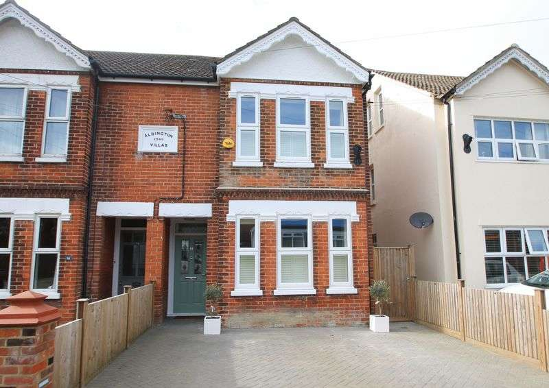 4 Bedrooms Semi Detached House for sale in Station Road, Lyminge - Viewings from 27th February