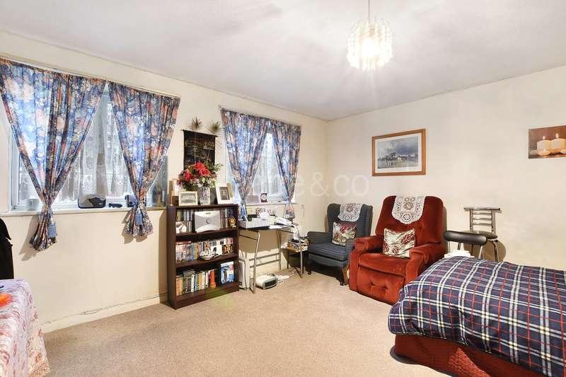 Flat for sale in Cygnet House, 83-89 Belsize Road, London, NW6