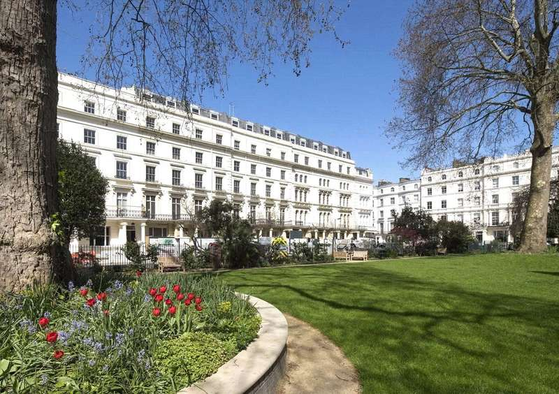 4 Bedrooms Flat for sale in Leinster Square, London, W2