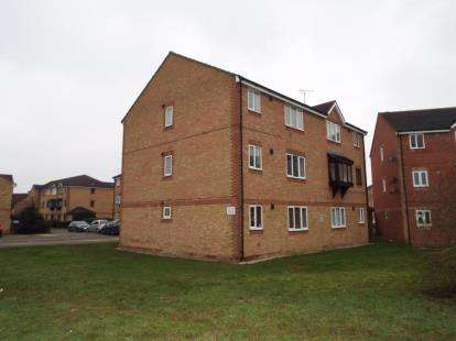 2 Bedrooms Flat for sale in South Ockendon, Essex