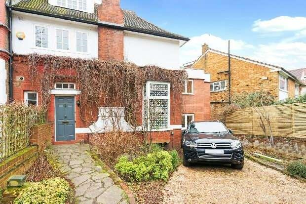 5 Bedrooms Unique Property for sale in Frognal, Hampstead, NW3
