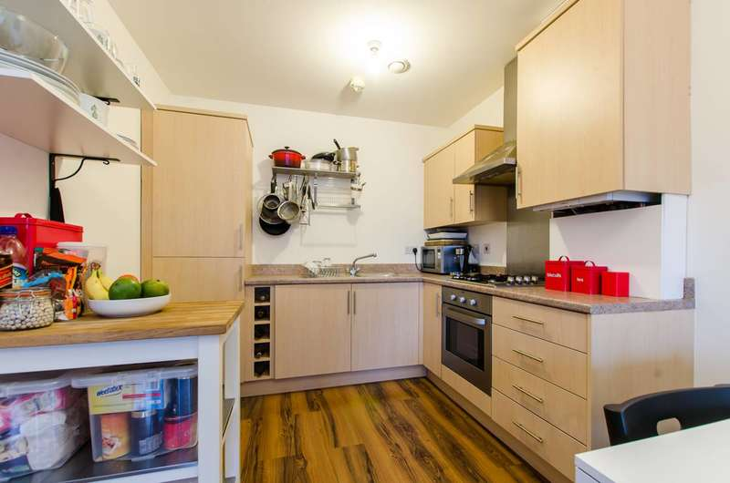 2 Bedrooms Flat for sale in Recovery Street, Tooting, SW17