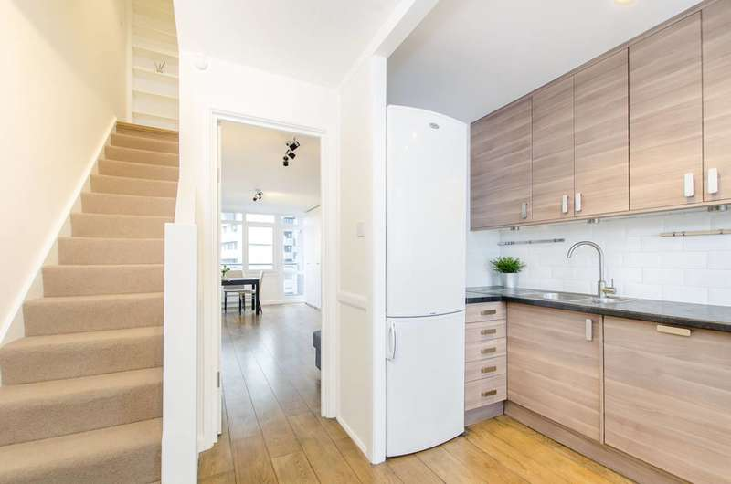 2 Bedrooms Maisonette Flat for sale in Temple Street, Bethnal Green, E2
