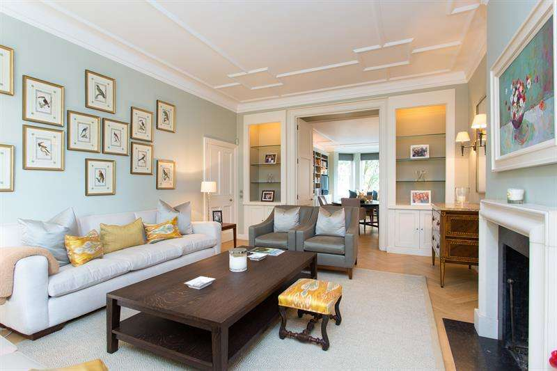 3 Bedrooms Flat for sale in Sloane Court West, London, SW3