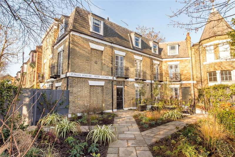 3 Bedrooms Flat for sale in Priory Cottages, 102 St. Pauls Road, N1