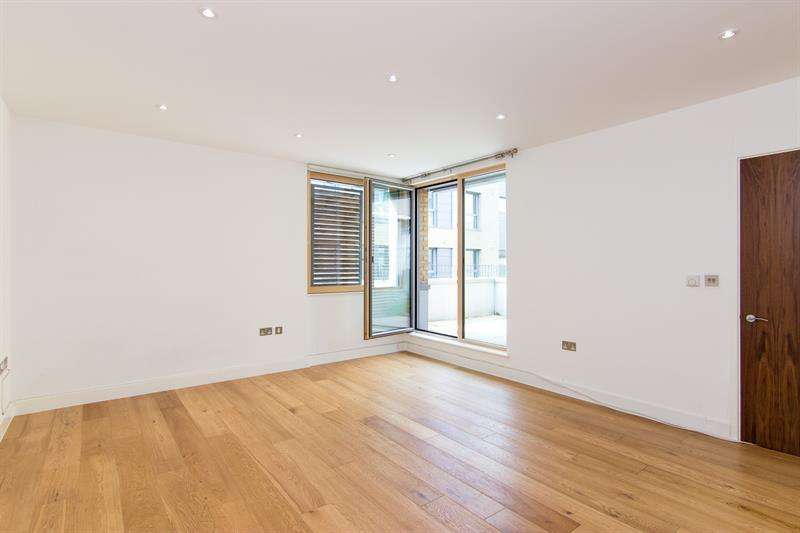 2 Bedrooms House for sale in Sulgrave Gardens, Brook Green, W6