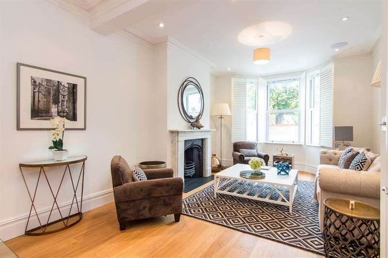 5 Bedrooms Terraced House for sale in Askew Crescent, Wendell Park, W12