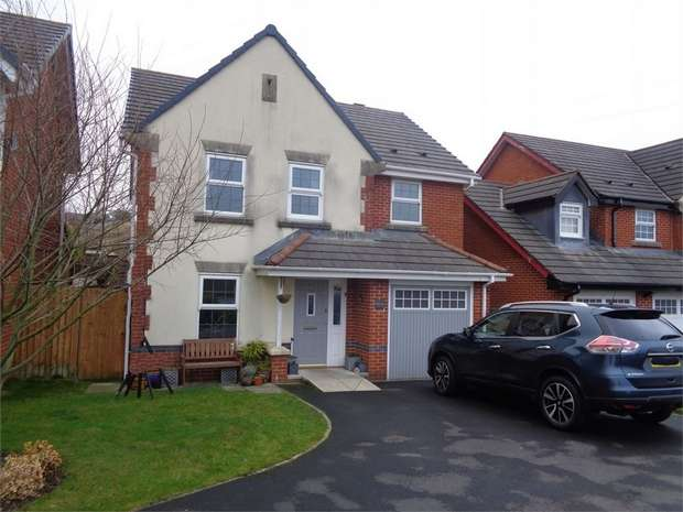4 Bedrooms Detached House for sale in Honeysuckle Court, Huncoat, Accrington, Lancashire