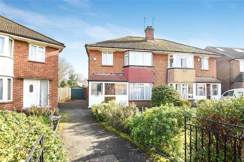 3 Bedrooms Semi Detached House for sale in Edinburgh Drive, Ickenham, Uxbridge, Middlesex, UB10