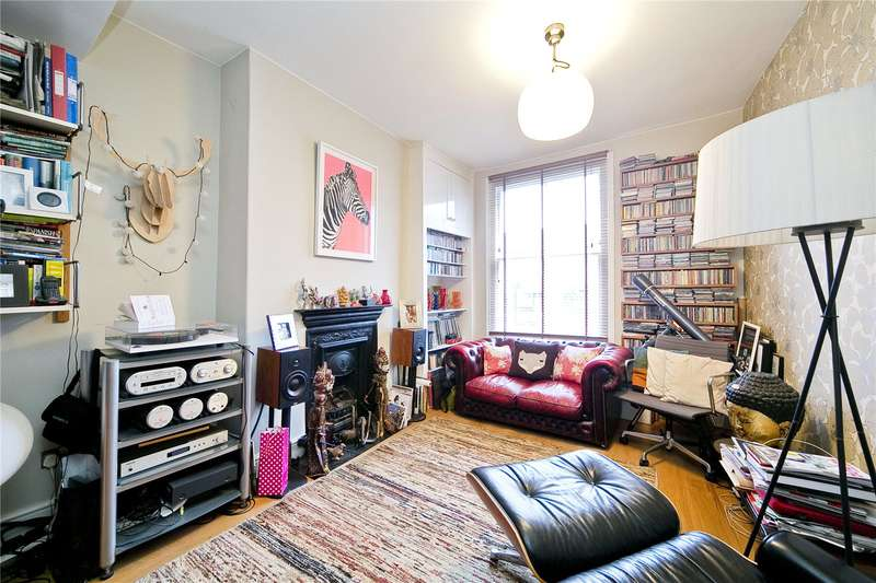 3 Bedrooms Terraced House for sale in Marlborough Avenue, Hackney, E8