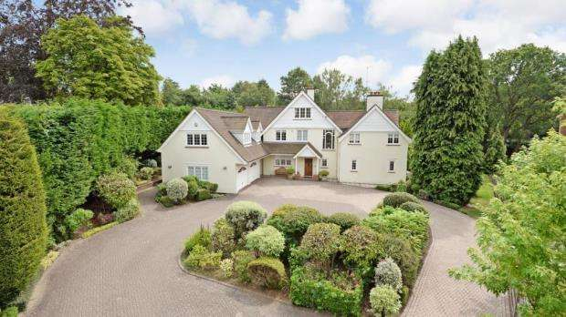 7 Bedrooms Detached House for sale in London Road, Sunningdale, Berkshire