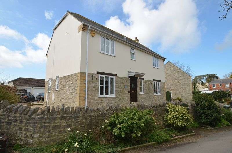 4 Bedrooms Detached House for sale in North Square, Chickerell