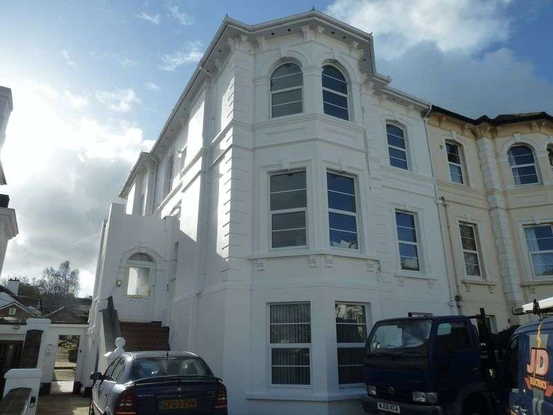 1 Bedroom Flat for sale in Barton Villas, Dawlish