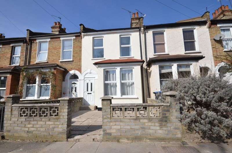 3 Bedrooms Terraced House for sale in Stanley Road, London
