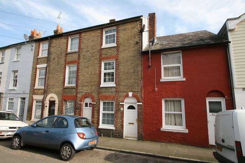 3 Bedrooms Terraced House for sale in York Street, Cowes