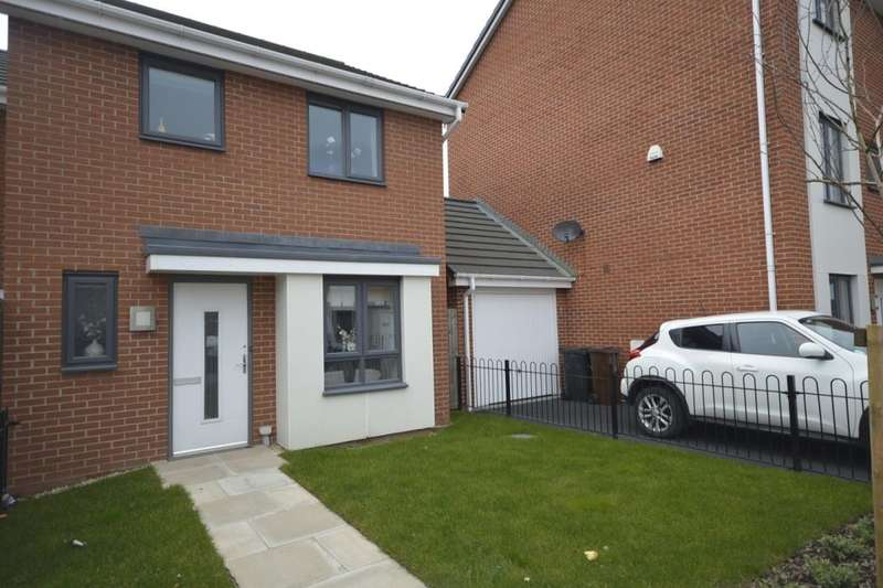 4 Bedrooms Semi Detached House for sale in Mullion Drive, Bilston, WV14
