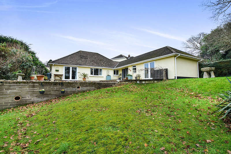 4 Bedrooms Detached Bungalow for sale in Aller Park Road, Newton Abbot, TQ12