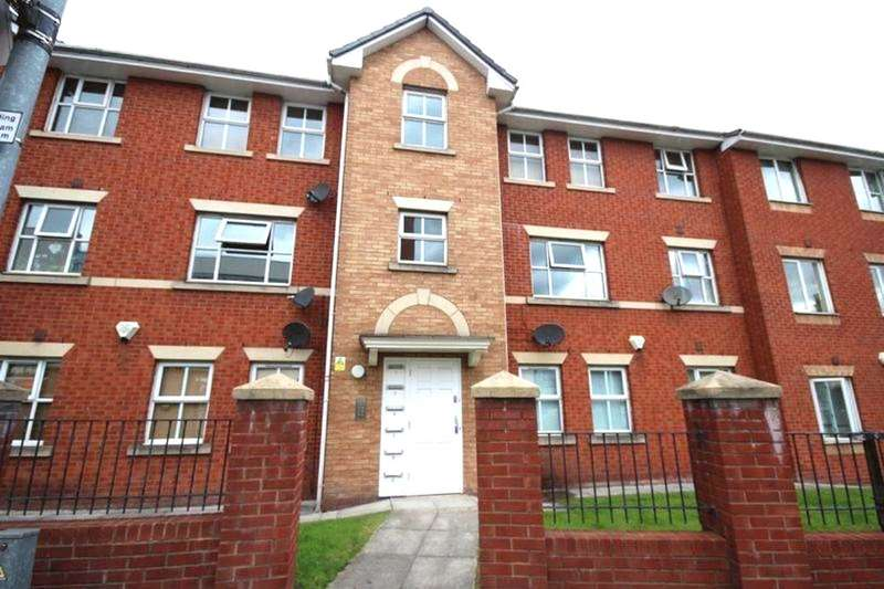 2 Bedrooms Flat for sale in Rochdale Road, Manchester, M9