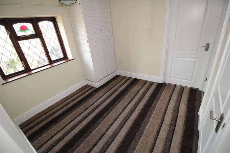 4 Bedrooms Property for sale in Carfield, Skelmersdale, WN8