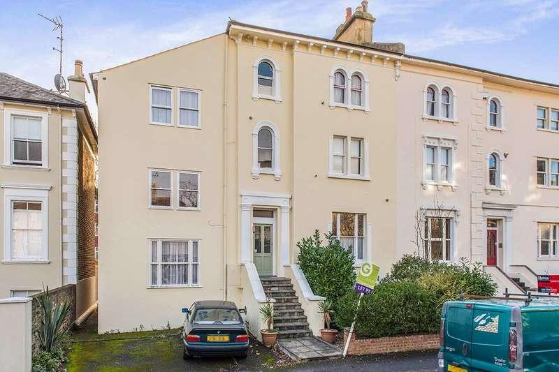 1 Bedroom Flat for sale in Cadogan Road, Surbiton, KT6