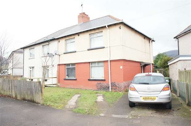 3 Bedrooms Semi Detached House for sale in Newport Road, Risca, NEWPORT, Caerphilly