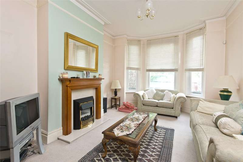 4 Bedrooms Semi Detached House for sale in Gap Road, Wimbledon, London, SW19