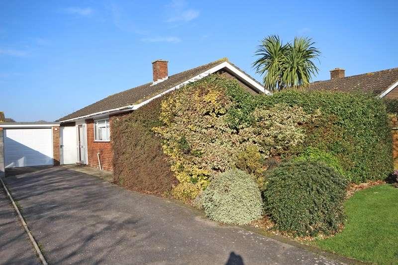 2 Bedrooms Detached Bungalow for sale in Crossways, Everton, Lymington