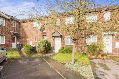 2 Bedrooms Terraced House for sale in Melrose Close, Eastleaze, Swindon, Wiltshire
