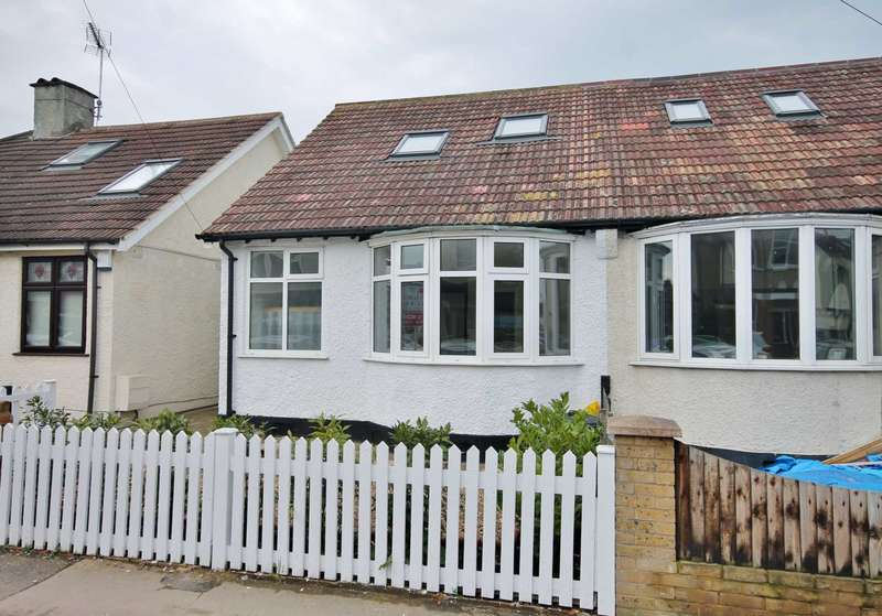 4 Bedrooms Semi Detached House for sale in Seaforth Avenue, New Malden