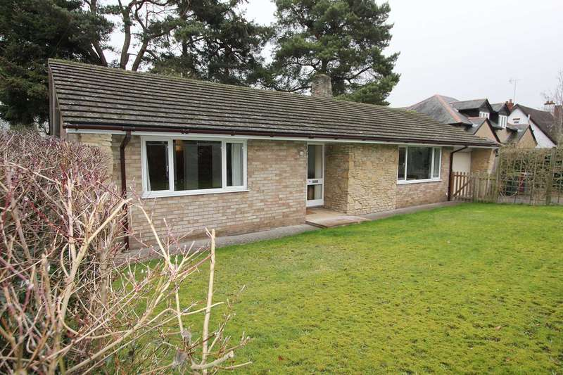 4 Bedrooms Bungalow for sale in Armour Hill, Tilehurst, Berkshire