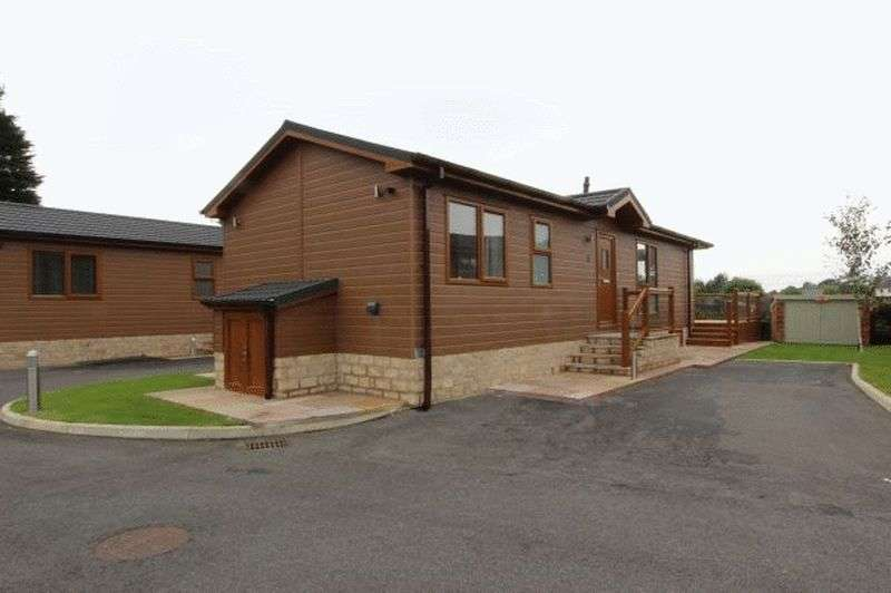 2 Bedrooms Bungalow for sale in 3 Rowanwater, Garstang Road, St. Michaels, Preston, Lancashire, PR3 0TD