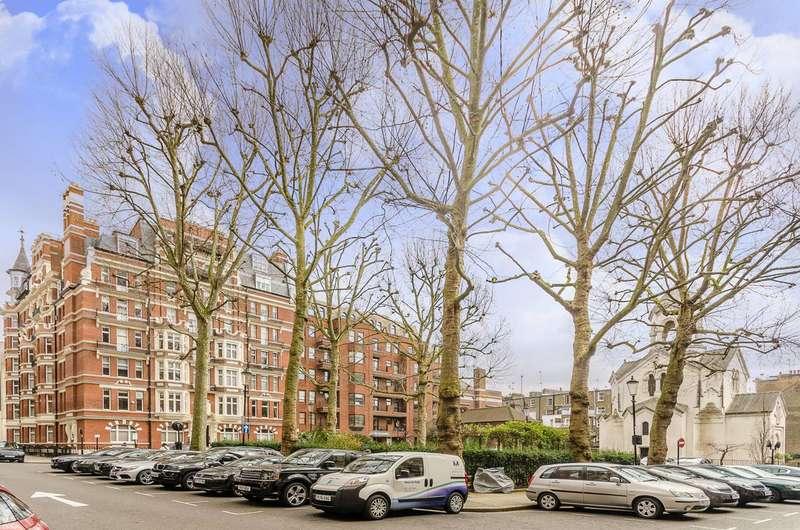 3 Bedrooms Flat for sale in Iverna Court, Kensington, W8