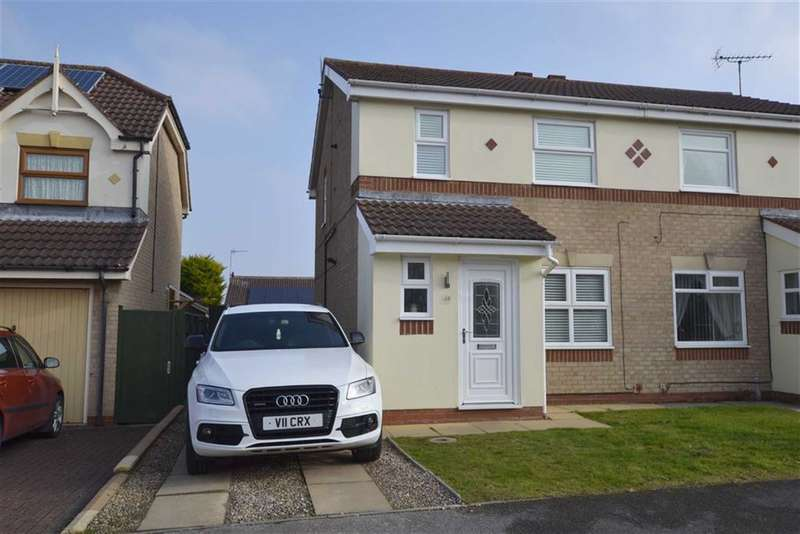 3 Bedrooms Property for sale in Partridge Close, Bridlington, East Yorkshire, YO15