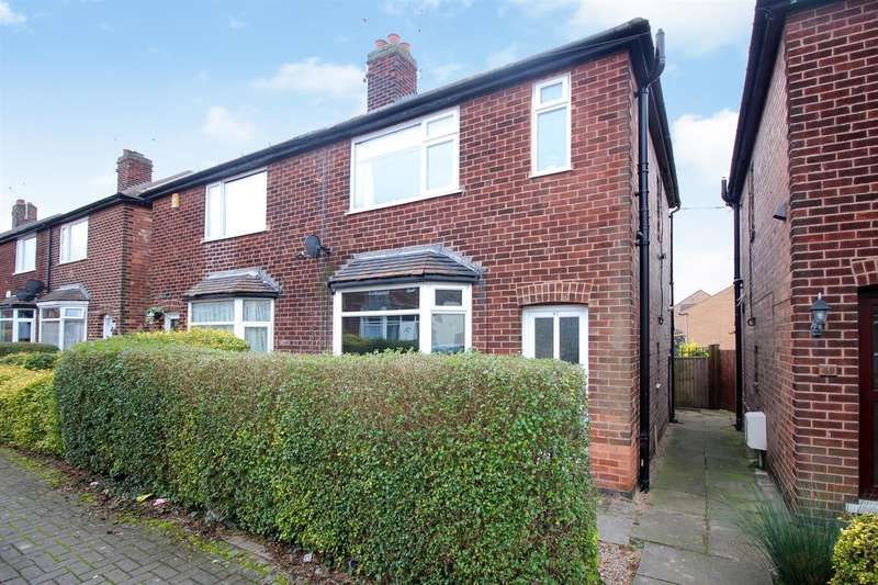 3 Bedrooms House for sale in Devonshire Drive, Stapleford