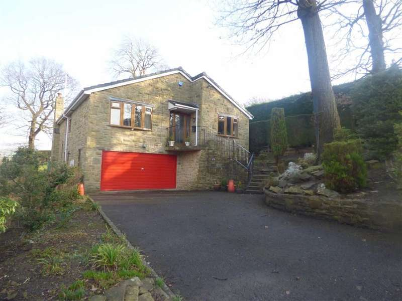 3 Bedrooms Property for sale in Fleminghouse Lane, Almondbury, HUDDERSFIELD, West Yorkshire, HD5