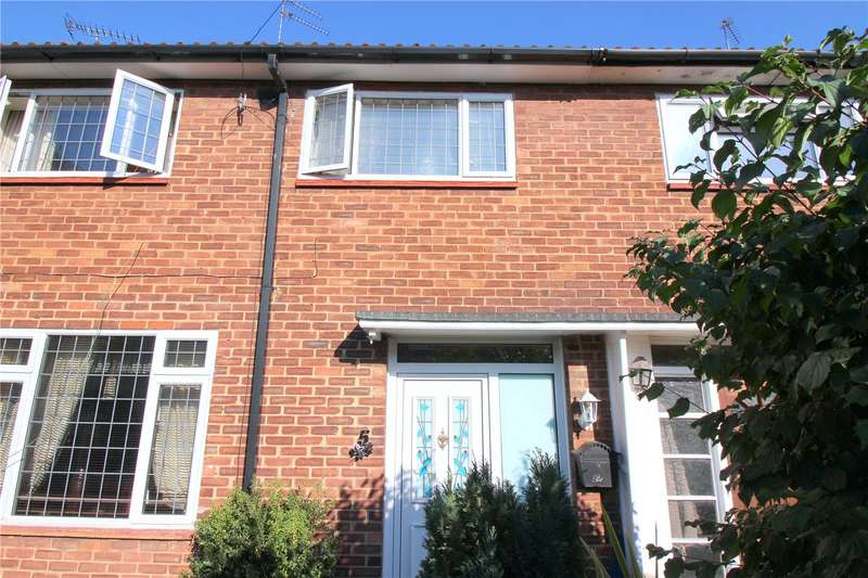 3 Bedrooms Terraced House for sale in Nicoll Way, Borehamwood, Hertfordshire, WD6