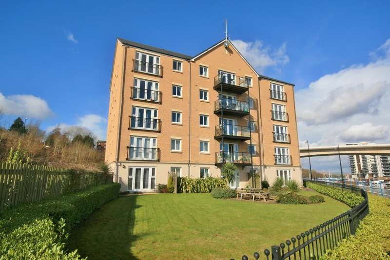 2 Bedrooms Flat for sale in The Anchorage, River Walk, Penarth. Vale of Glamorgan. CF64 1SX
