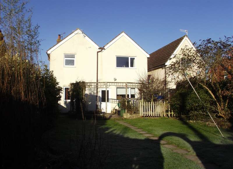 4 Bedrooms Detached House for sale in Oxford Road, Calne