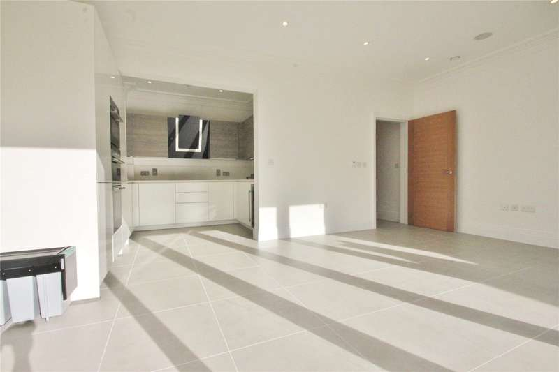 4 Bedrooms Semi Detached House for sale in Amberden Avenue, Finchley, London, N3